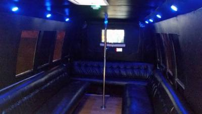 STAGE 7 PARTY BUS